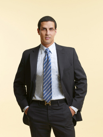 Dr. Omar Torres, Nationally Renowned Dermatologist and Olay Regenerist Spokesperson (Photo: Business Wire)