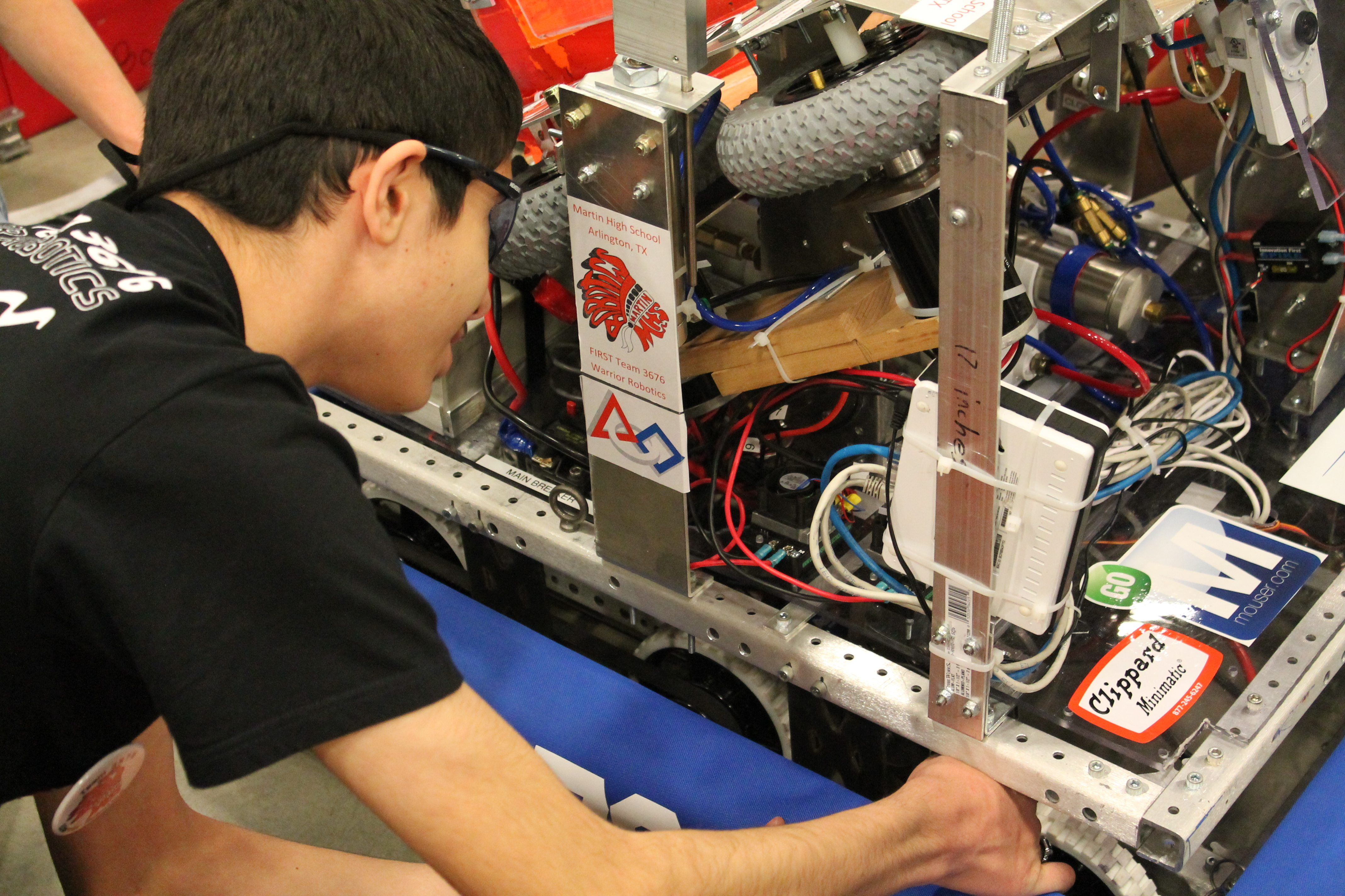 Mouser Electronics Inspires Future Engineers Through Sponsorship Of