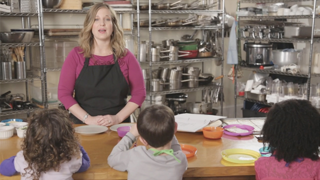 Check out our Grow Happy Cooking with Kids video, featuring real Knowledge Universe kids cooking with Registered Dietitian Carly Dunn. The kids learn to make their own personal healthy pizza or calzone, while Carly shares tips for parents on how they can involve kids in the cooking process. When kids get to help make their meal, they are more likely to eat healthy ingredients.