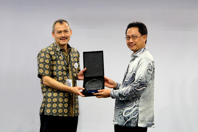 McDermott is proud to receive PETRONAS Safety Award (Photo: Business Wire)