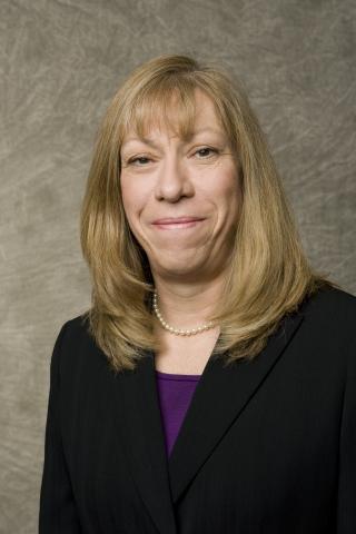 Dorsey Partner Annette Jarvis receives Third Annual Christine M. Durham Public Service Award. (Photo: Dorsey & Whitney LLP)