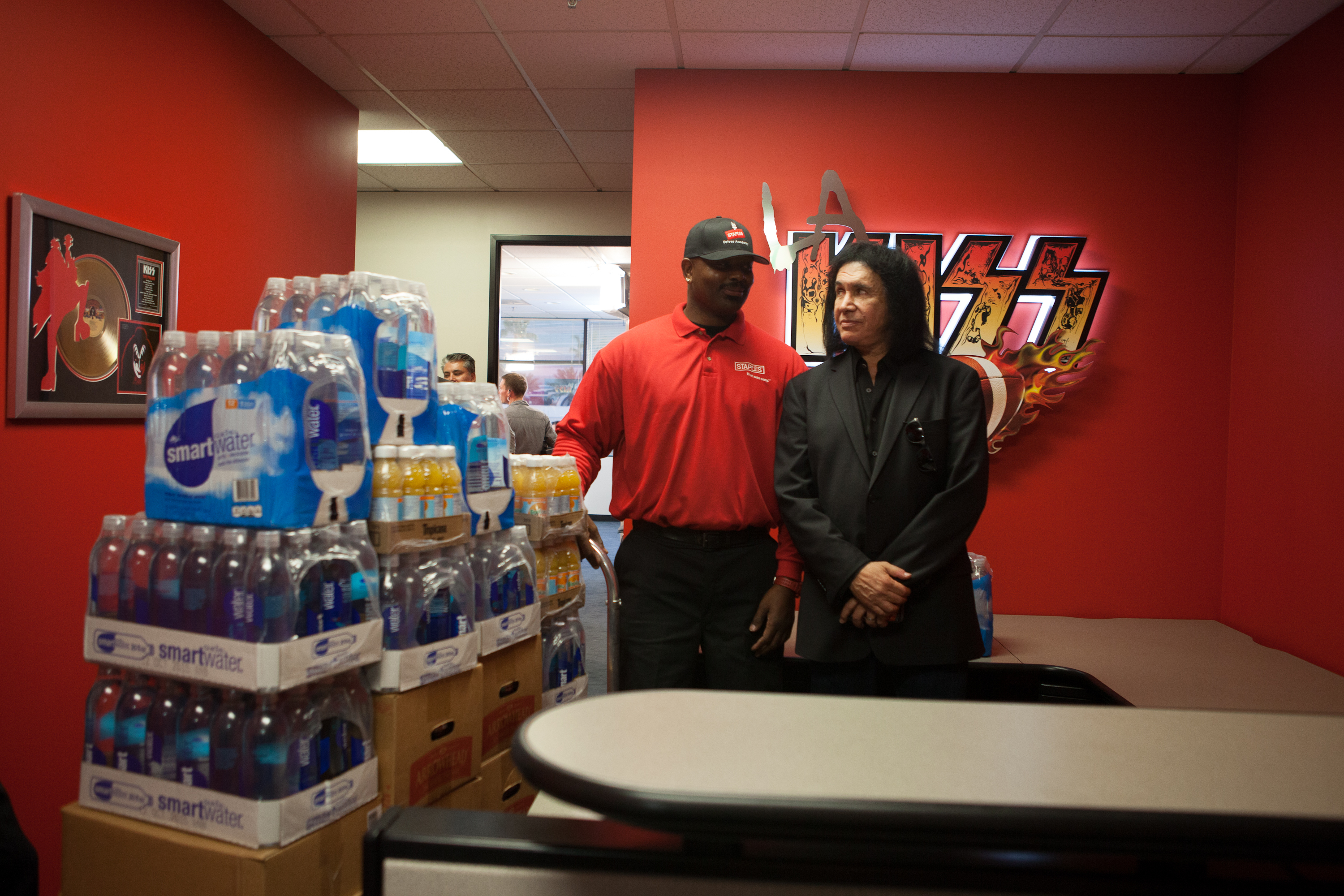LA KISS football team debuts with help from Staples (Photo: Business Wire)