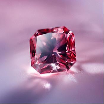 Les diamants roses sont très prisés, non seulement car ils sont extrêmement rares.(Photos: Lucy Frie ...