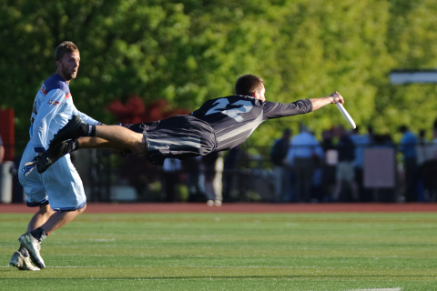 Ultimate Frisbee professionals are taking their game to multi-channel sports network The Whistle. (Photo: Business Wire)