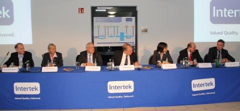 High-profile speaker and panellists (from left): Prof. Dr. Moritz Hagenmeyer (KROHN Lawyers, Hamburg), Dr. Bärbel Schröder (Government of Bremen), Dr. Kurt-Peter Raezke (Intertek), Dr. Gerhard Rimkus (Intertek/moderation), Petra Schmanke (Nestlé Deutschland AG), Jens Führer (Mondelez International) and John Carter (Metro Group). (Photo: Business Wire)