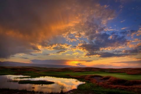 Sunset over Huntsman Springs' award-winning golf course. (Photo: Tim Braun)