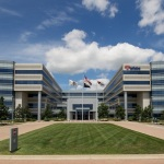 Select Income REIT Completes Acquisition of Class A Property in Naperville, Illinois  (Photo: Business Wire)