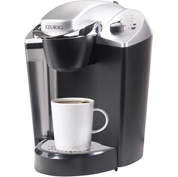 Staples will be giving away Keurig(R) OfficePRO(R) Single-Cup Commercial Coffee Brewer during it's Administrative Professional's Day Twitter party on Wednesday, April 23, from 1 - 2 p.m. ET. Follow #CelebrateAdmins to join the conversation. (Photo: Business Wire)