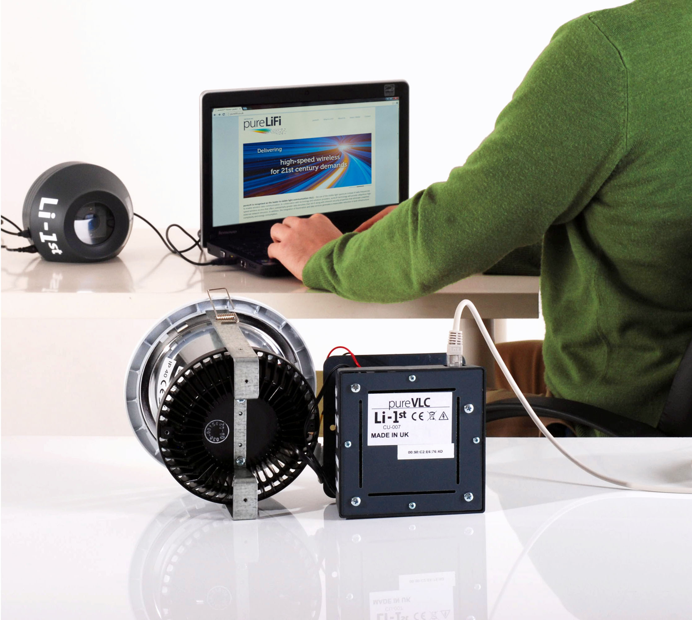 Li-1st, the world's first commercial Li-Fi product (Photo: Business Wire)