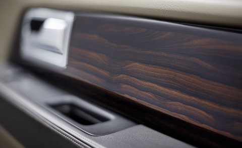 The 2015 Lincoln Navigator features ziricote wood. This is the first time this exotic hardwood has been used in the automotive industry. (Photo: Business Wire)