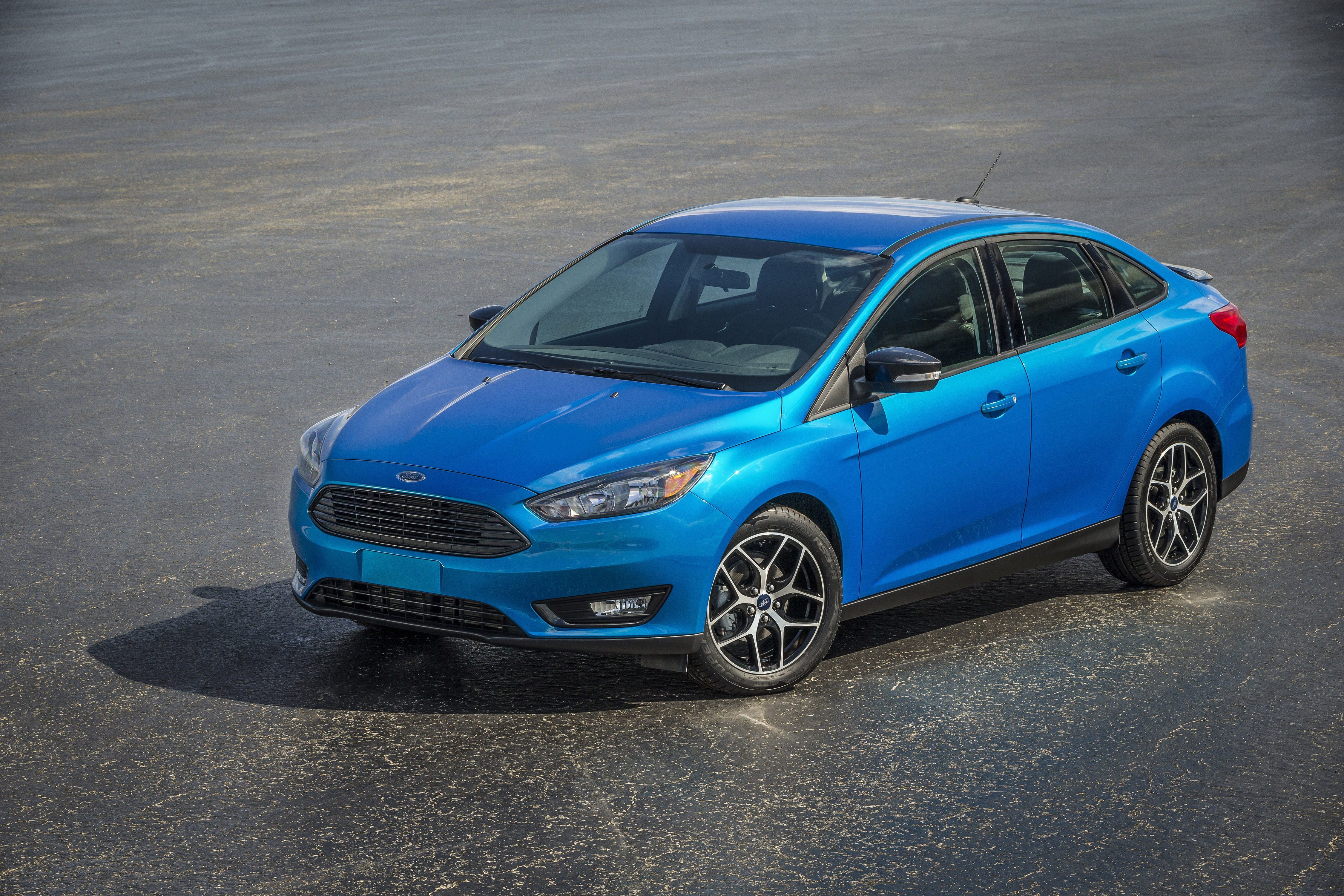 New Ford Focus four-door sedan globally unveiled, featuring leading combination of technology, fuel economy and power. (Photo: Business Wire)