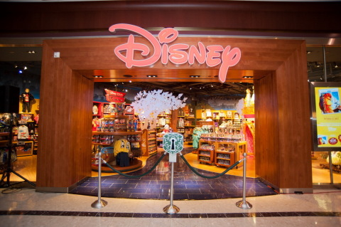 Disney Store newly-designed store front. (Photo: Business Wire)