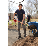 On April 12, actor and active volunteer Josh Duhamel cleans up Franz Sigel Park in the Bronx, NY, with the Advil(R) Relief in Action campaign as part of National Volunteer Week. Duhamel is encouraging everyone to join him in taking the #ReliefinAction Pledge on the Advil(R) Facebook page and commit to volunteering this year. (Photo: Business Wire)