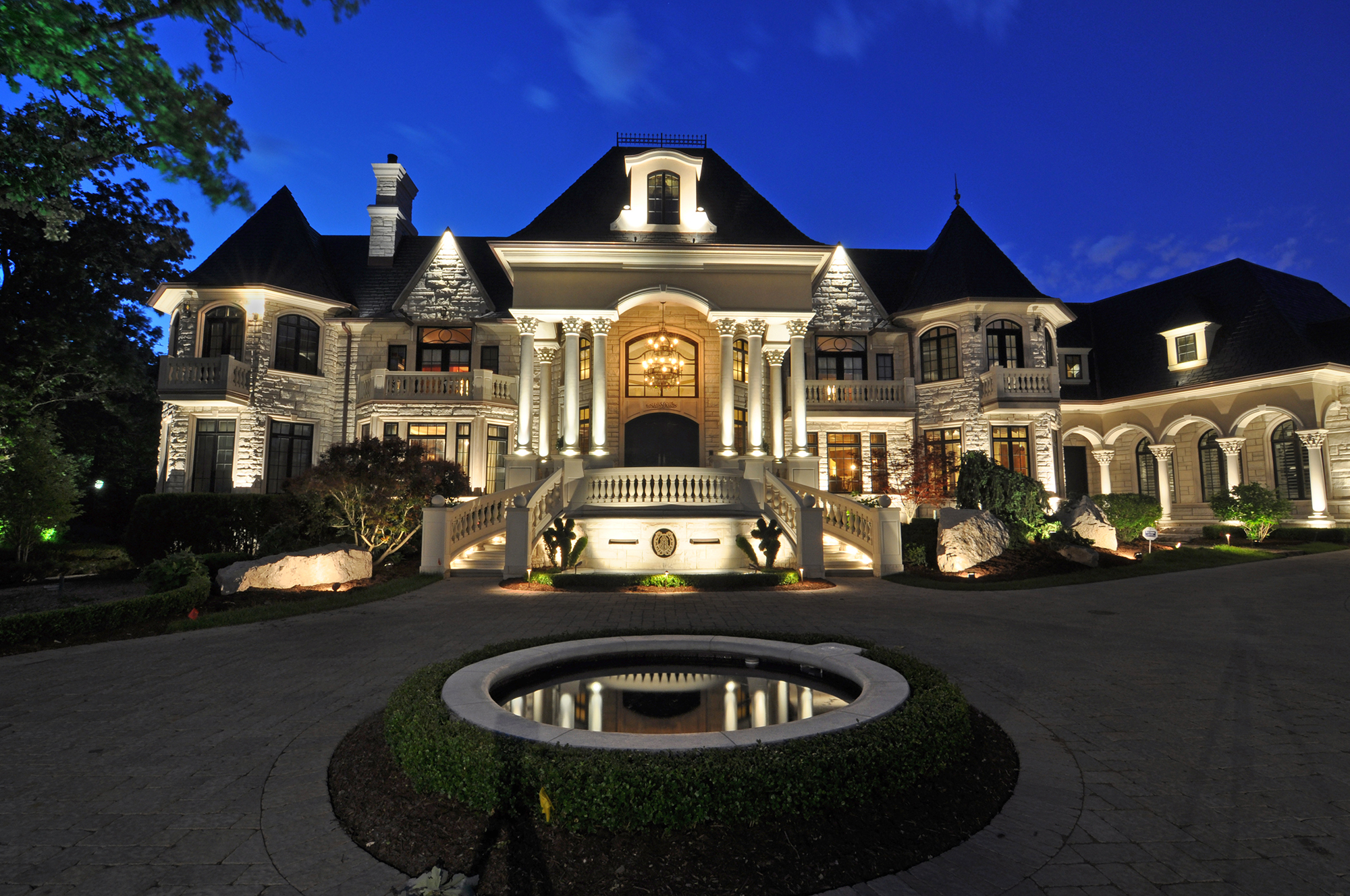 Chicago landscape lighting company outdoor accents inc recognized chicago landscape lighting company outdoor accents inc recognized nationally with two lighting design awards business wire aloadofball Image collections