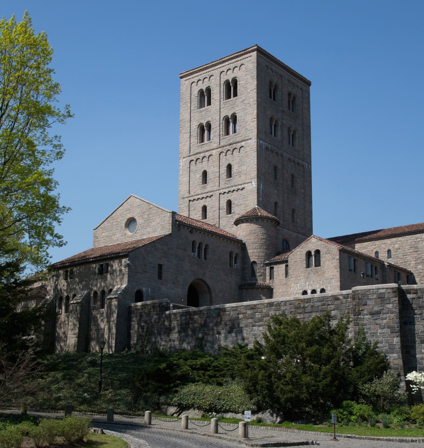 The Cloisters museum and gardens, ©The Metropolitan Museum of Art