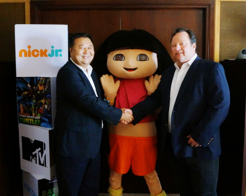 Xueliang Huang, Chairman and CEO of SMIT Corporation, and Bob Bakish, President and Chief Executive  ...