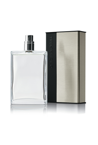 """MK Men's True Original(TM) Cologne Spray utilizes a """"clicking cradle"""" technology with the whole cap doubling as a case. The attractive, yet functional, design was intended to be more durable and help protect from leakage or breakage. (Photo: Business Wire)"""