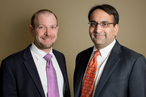 Drs. Alex Grilli (left) and Rahul Shah (right) founded hippomsg, the No. 1 free text-messaging solut ...