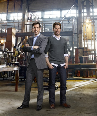 Hgtvs Property Brothers Return For Sophomore Season Of Brother Vs