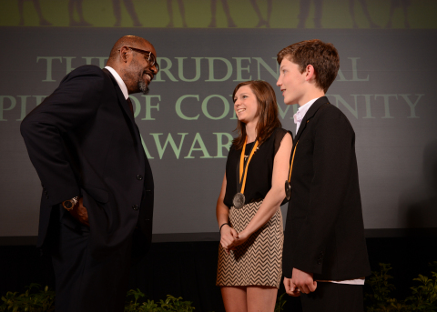 Academy Award-winning actor Forest Whitaker congratulates Michelle Dreimann, 16, of Stratton Mountain (center) and Richard Diemer, 13, of Burlington (right) on being named Vermont's top two youth volunteers for 2014 by The Prudential Spirit of Community Awards. Michelle and Richard were honored at a ceremony on Sunday, May 4 at the Smithsonian's National Museum of Natural History, where they each received a $1,000 award. (Photo: Business Wire)