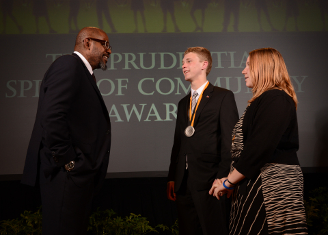 Academy Award-winning actor Forest Whitaker congratulates Sean Egan, 18, of Staten Island (center) and Haley Maier, 11, of Gasport (right) on being named New York's top two youth volunteers for 2014 by The Prudential Spirit of Community Awards. Sean and Haley were honored at a ceremony on Sunday, May 4 at the Smithsonian's National Museum of Natural History, where they each received a $1,000 award. (Photo: Business Wire)