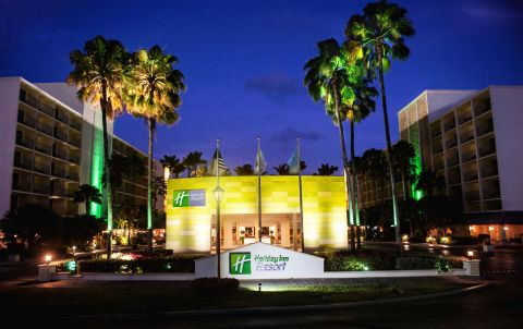 IHG announces the completion of a significant renovation of the Holiday Inn Resort Aruba - Beach Resort and Casino, one of the island's landmark resorts. (Photo: Business Wire)