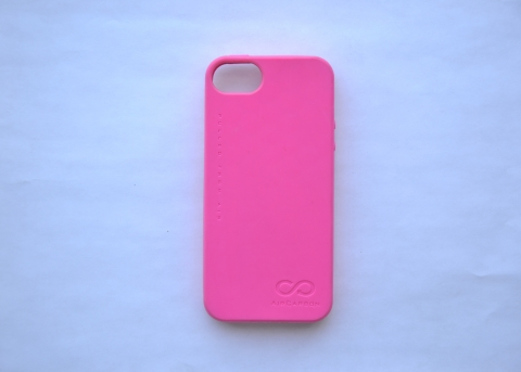Sprint is the first telecommunications company in the world to launch a carbon-negative cell phone case using AirCarbon™ (Photo: Business Wire)