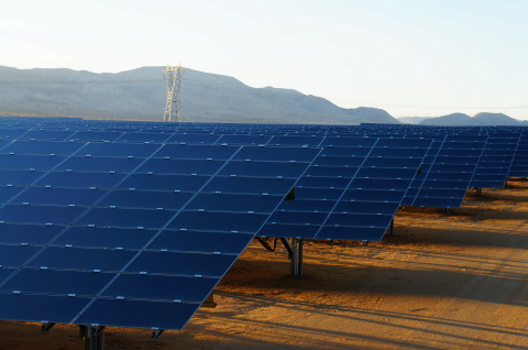 Catalina Solar in California's Mojave desert, comprised of nearly 2 million solar panels, generates 143 MWp of solar power. (Photo: Business Wire)