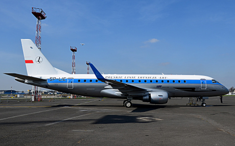 Coatings by PPG Industries' (NYSE:PPG) aerospace business colorize the 85th anniversary livery of LOT Polish Airlines (Polskie Linie Lotnicze LOT) on this Embraer E175 aircraft painted by LOT Aircraft Maintenance Services (LOTAMS). DESOTHANE(R) HS/CA 8800 buffable topcoat in six colors and a DESOTHANE high-solids topcoat in semi-matte silver were applied over P99 wash primer and chromate-free PAC33CF primer. A clear DESOTHANE topcoat on top of the silver provides maximum gloss. PPG coatings will be used on four other LOT Polish Airlines Embraer aircraft to be repainted in the airline's standard livery. (Photo by Pawel Mikolajczyk - Courtesy of LOTAMS)