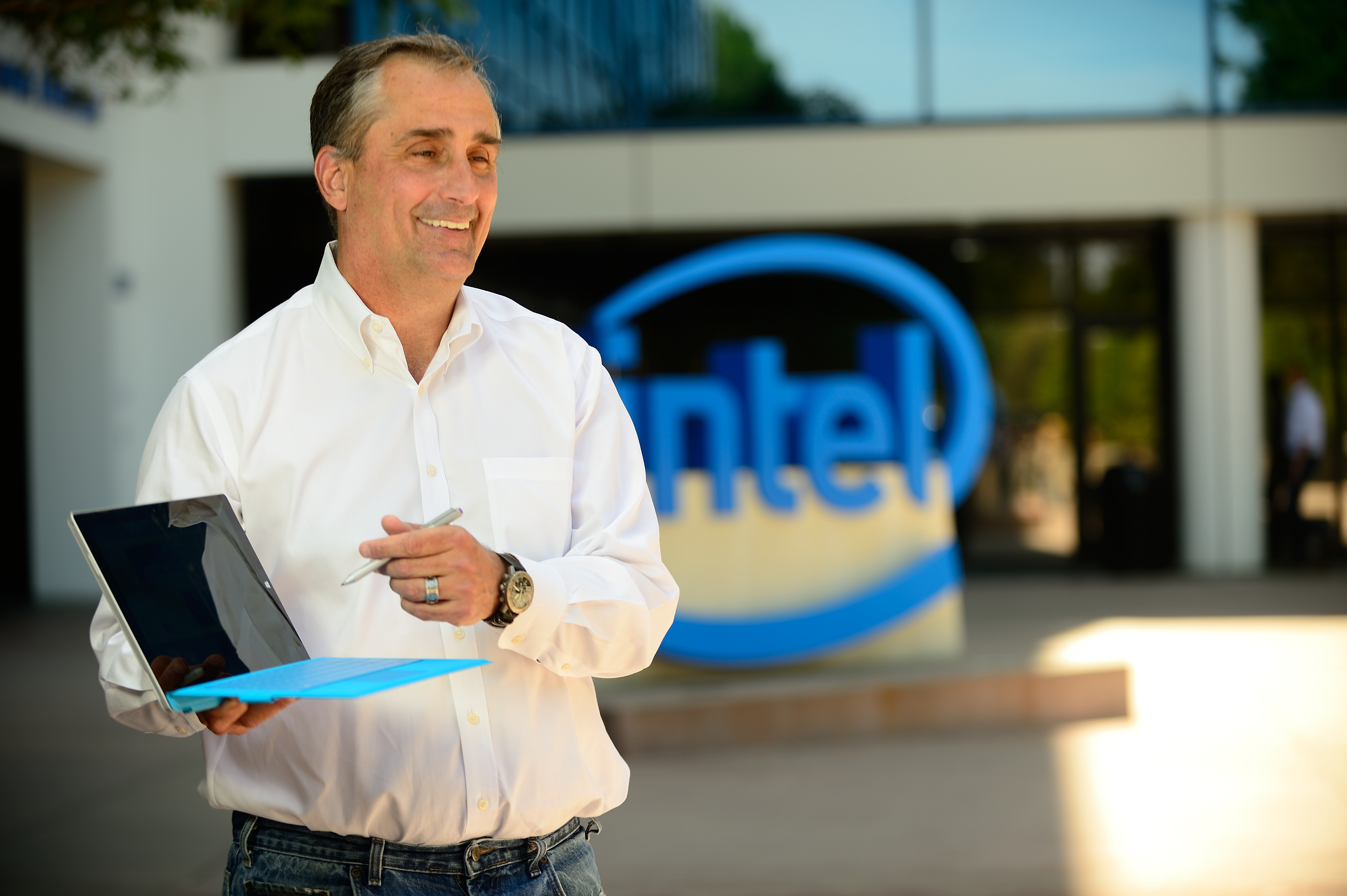 Intel CEO Brian Krzanich uses his new Surface Pro 3. Now available with Intel Core i3, i5 or i7 processors, powering one of the most productive tablets on the market. (Photo: Business Wire)