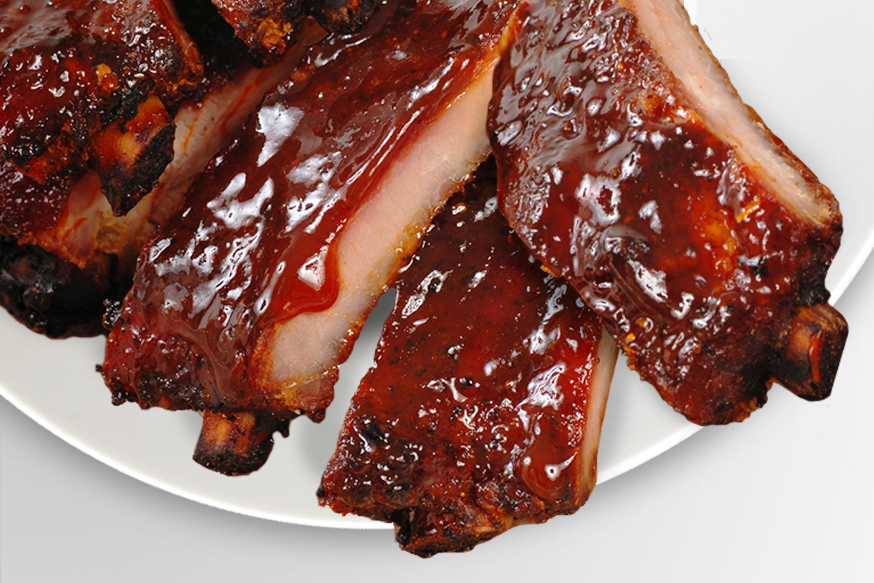 Performance Foodservice today launched Guinness® Bold Entrées, an exclusive and distinct line of beer-infused modern foods created in partnership with Guinness and renowned Chef Todd Davies. From saucy pork ribs to braised corned beef infused and marinated in Guinness, these bold and flavorful entrées aim to take customer menus to a whole new level. Beer is gaining popularity as a key ingredient in restaurant dishes across the country. (Photo: Business Wire)