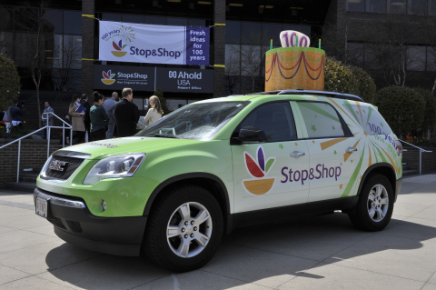 This weekend, Stop & Shop will kick off its store promotions and events in honor of the company's 100th Anniversary. The celebration will include the 100 Days of Giving program in which 100 non-profits across New England will receive a surprise $1,000 donation, delivered via the Stop & Shop Anniversary vehicle. (Photo: Business Wire)