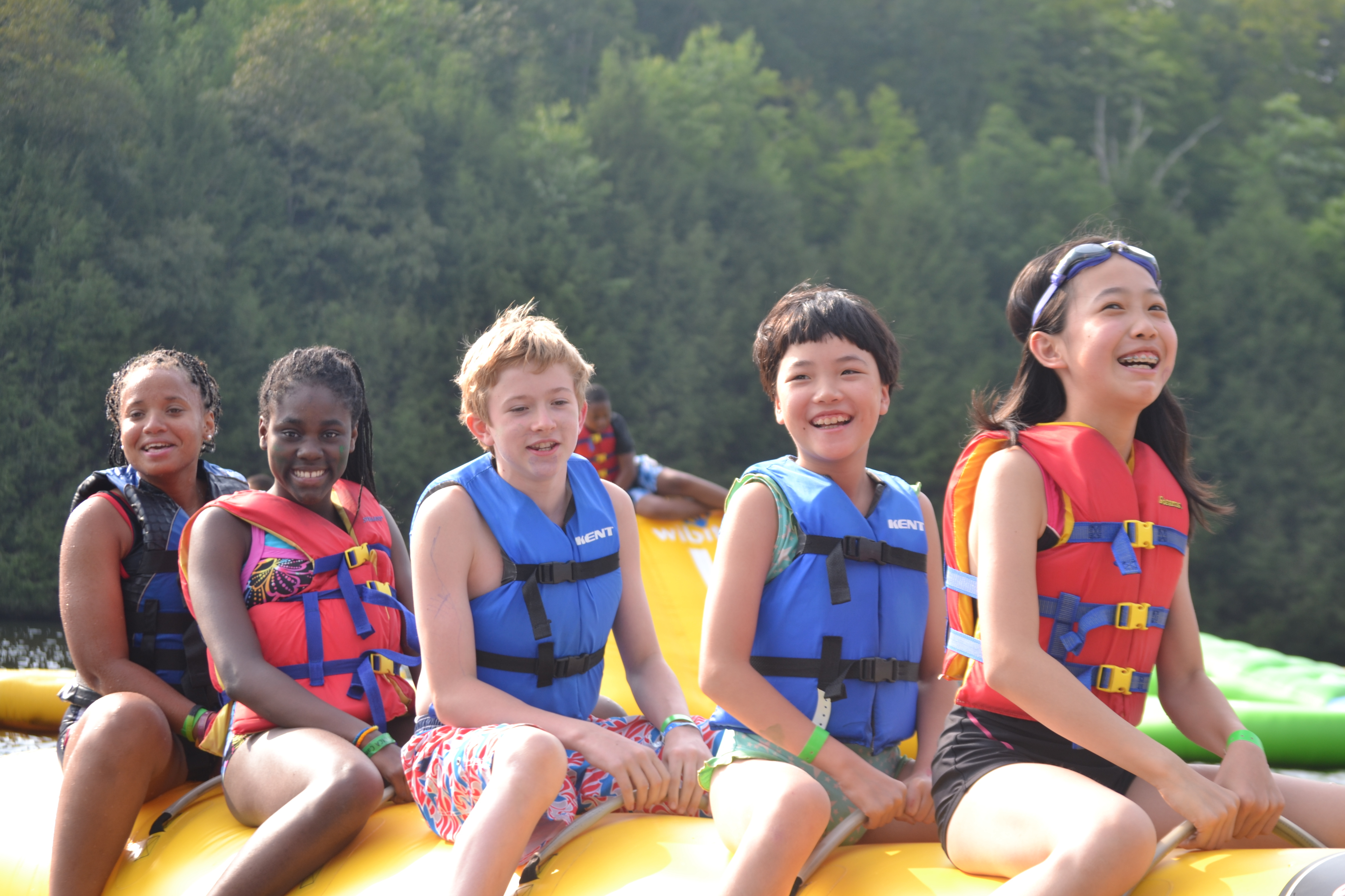 Kids have an opportunity to learn, grow and thrive at New York City's YMCA summer day and sleepaway camps. (Photo: Business Wire)