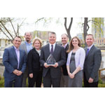 Restaurant Technologies, Inc. accepts the 2014 Minnesota Business Ethics Award (MBEA), which honors companies that exemplify high standards of ethical conduct in the workplace, the marketplace and the community. (Photo: Business Wire)