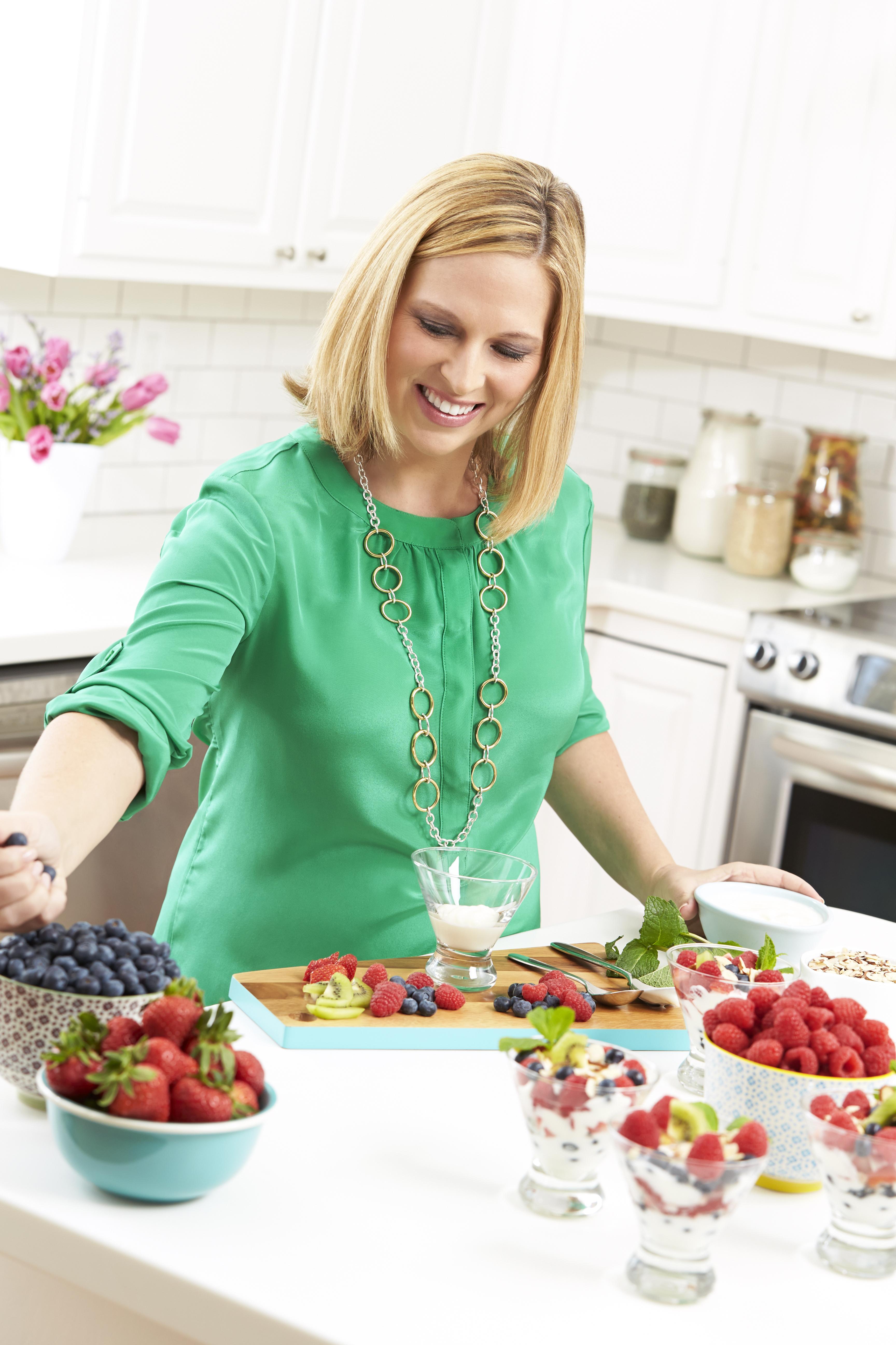 Rebecca Scritchfield, registered dietitian and spokesperson for Zespri Kiwifruit North America (Photo: Business Wire).