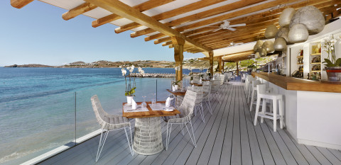 Santa Marina Bay view Restaurant & Bar Santa Marina, a Luxury Collection Resort, Mykonos (Photo: Bus ...