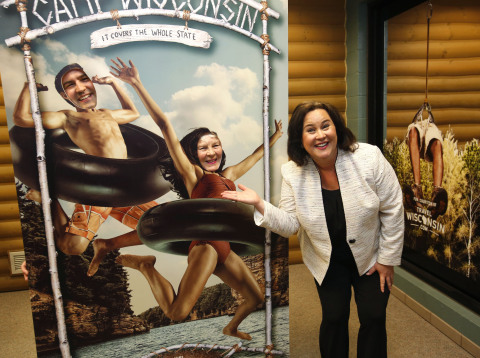Wisconsin Tourism Secretary Stephanie Klett having a blast at Camp Wisconsin with mom, Joanne Klett, and brother, Benji Klett, at the Beloit Travel Wisconsin Welcome Center. (Photo: Business Wire)