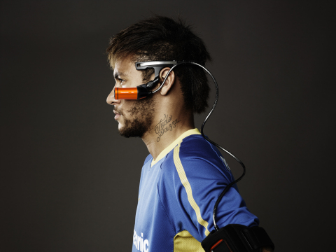 Neymar Jr wearing Panasonic's 4K HX-A500 (Photo: Business Wire)