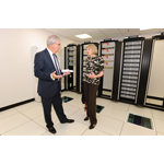 iomart CEO Angus MacSween explains the new technology on show in iomart's data centre (Photo: Business Wire)