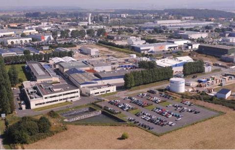 NOUVELLE unité d'emballage à PPG Industries' Gonfreville, France, usine de revêtements et centre de  ...