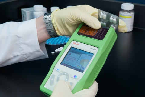 The Thermo Scientific TruScan GP analyzer quickly and accurately detects counterfeit drugs. (Photo: ...