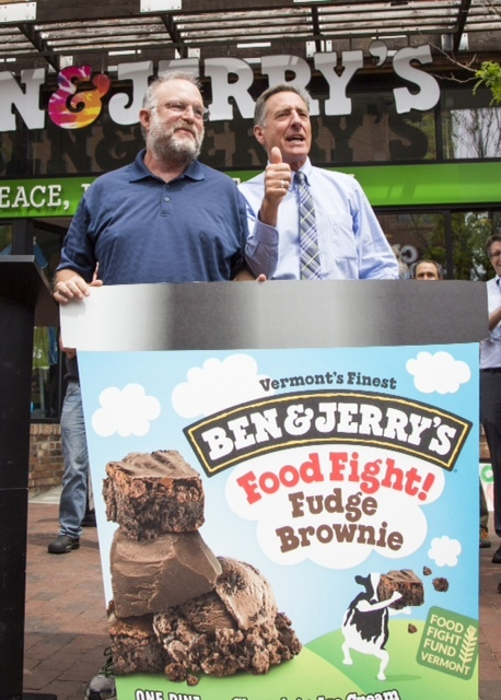 Ben & Jerry's co-founder, Jerry Greenfield and Governor, Peter Shumlin unveil new Food Fight Fund flavor (Photo: Business Wire)