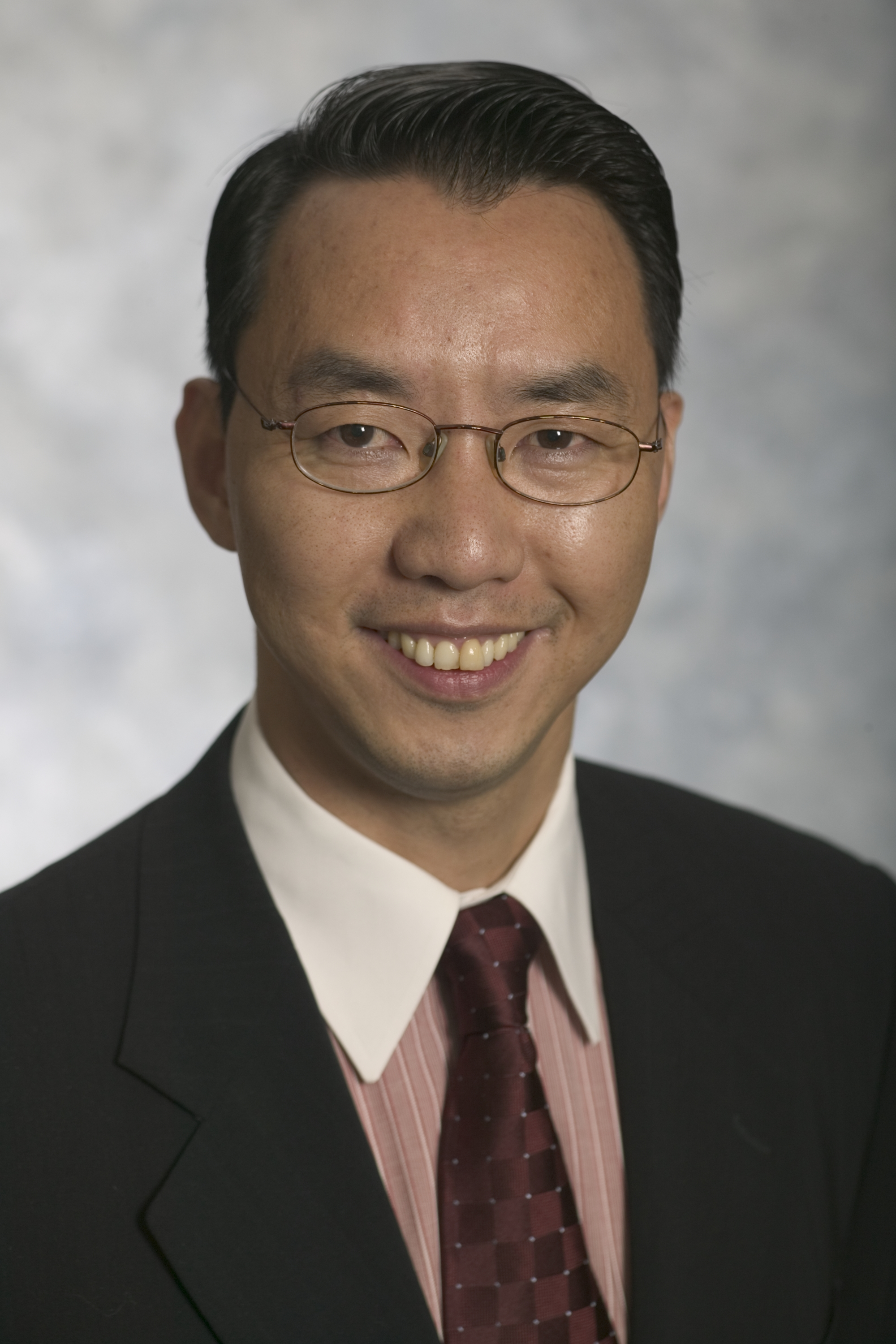 Guanxi Zheng has rejoined Dorsey & Whitney as Of Counsel in the Firm's Corporate Group in the Seattle office. (Photo: Dorsey & Whitney LLP)
