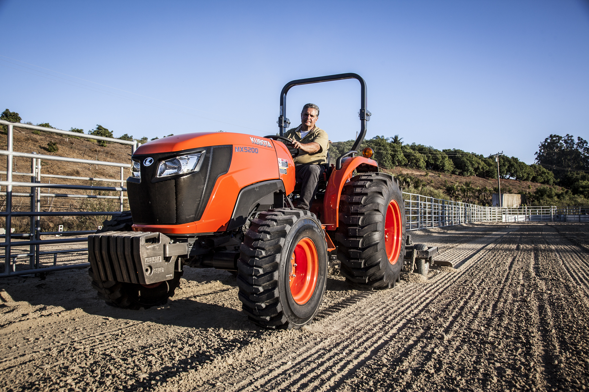 Large Kubota Tractors : Kubota introduces two new models to its mx series diesel