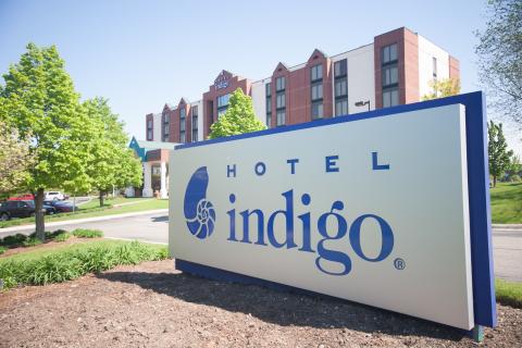 Hotel Indigo Chicago-Vernon Hills (Photo: Business Wire)