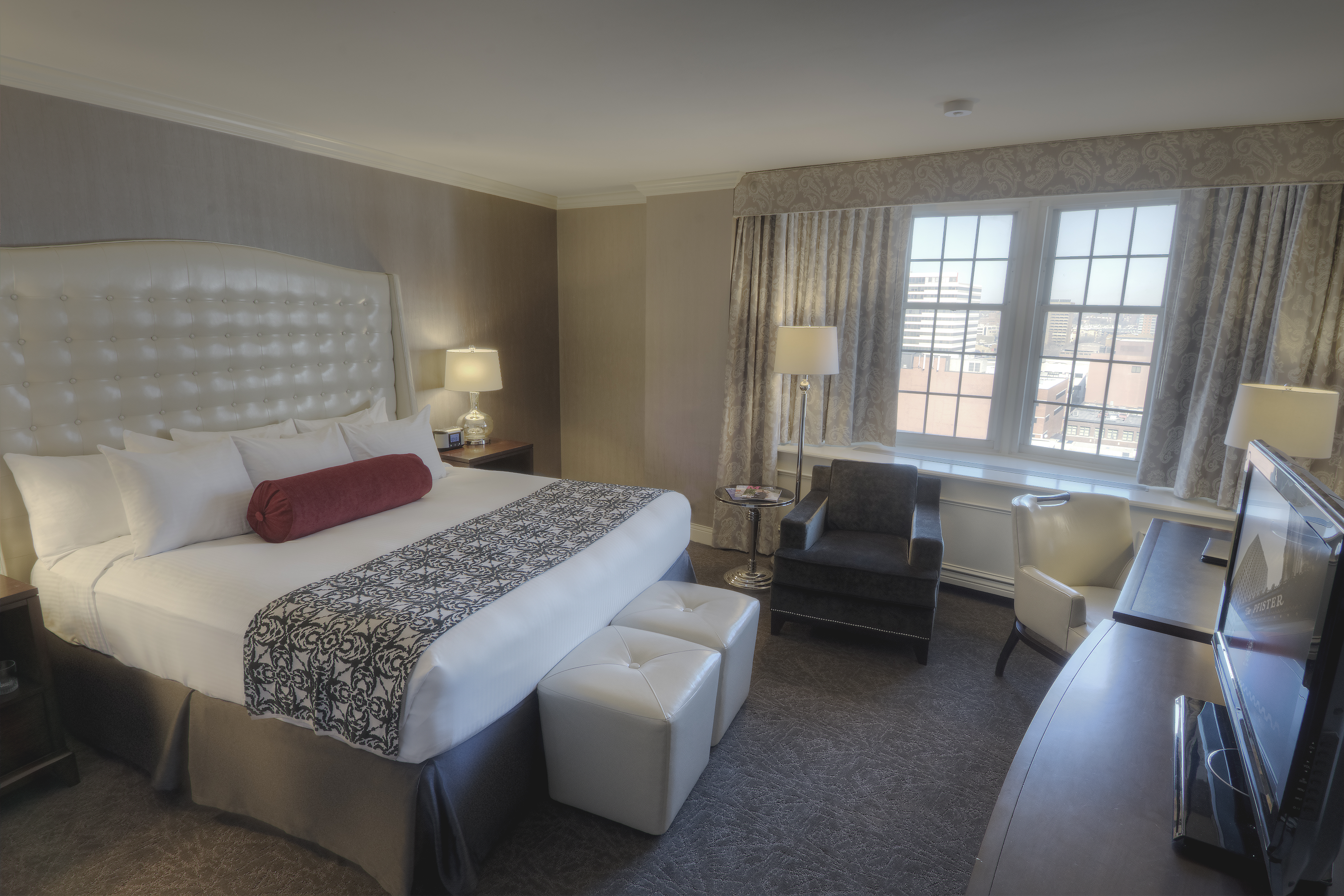 Pfister Tower King Room (Photo: Business Wire)
