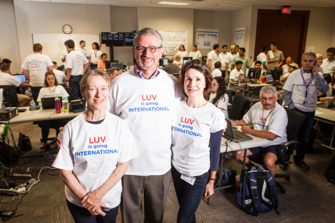 Amadeus and Southwest Airlines celebrate successful international flight take-off at the joint command center in Dallas. Left to Right: Julia Sattel, Senior Vice President of Airline IT, Amadeus, Randy Sloan, Senior Vice President and Chief Information Officer, Southwest Airlines, and Sabine Hansen Peck, Senior Vice President, Human Resources, Amadeus (Photo: Business Wire)