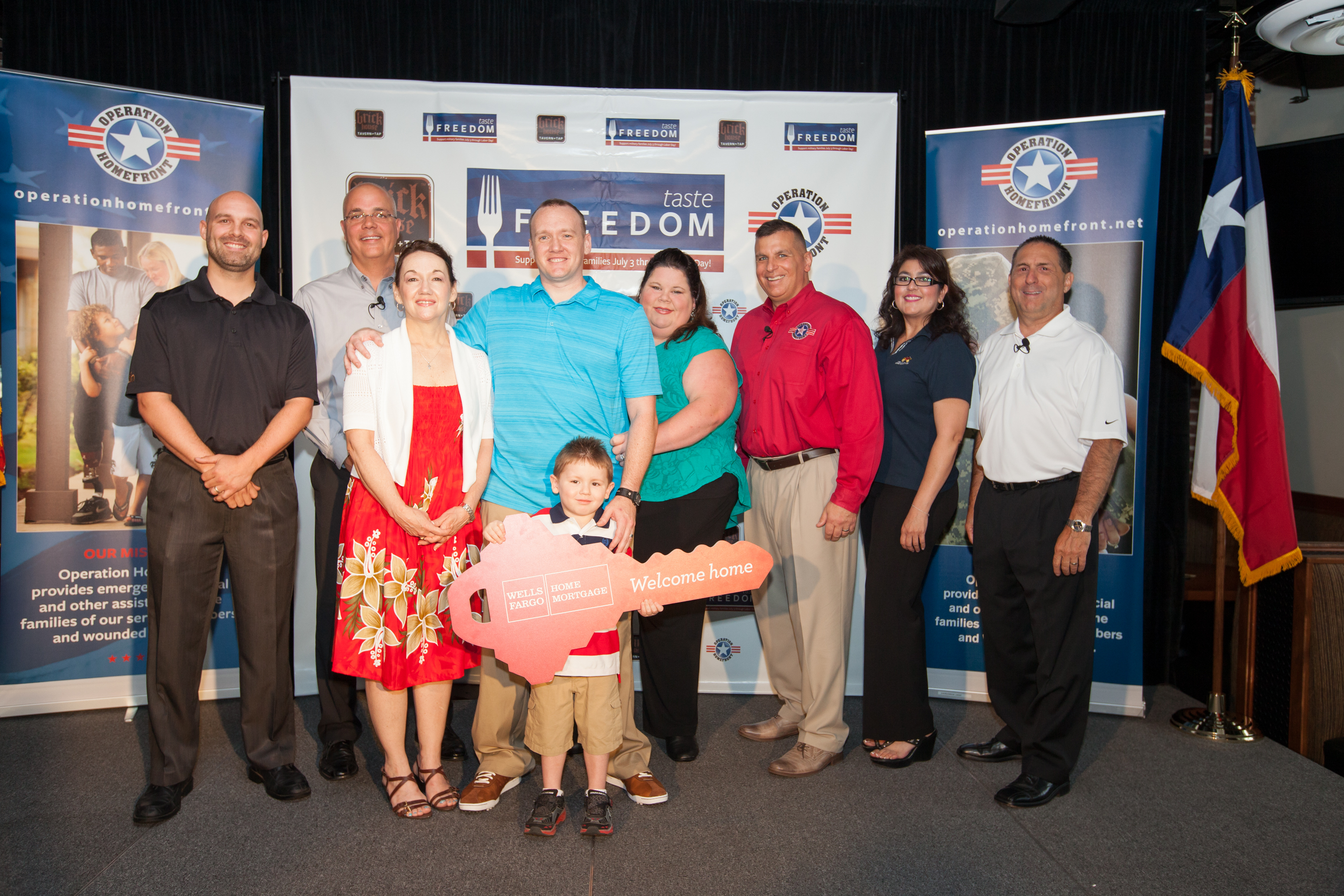 Brick House Tavern + Tap, Operation Homefront and Wells Fargo donated a mortgage-free home to a U.S. Army Specialist located in the San Antonio, TX area. (Photo: Business Wire)