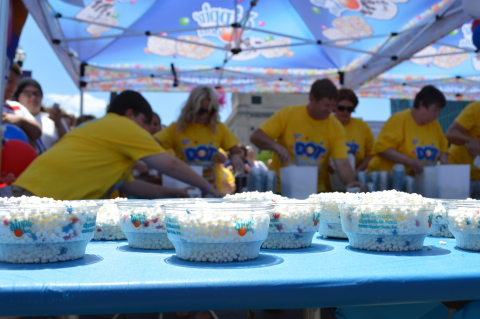 Dippin' Dots achieved a GUINNESS WORLD RECORDS title in Nashville yesterday by preparing a record 473 cups of ice cream in just three minutes. (Photo: Business Wire)