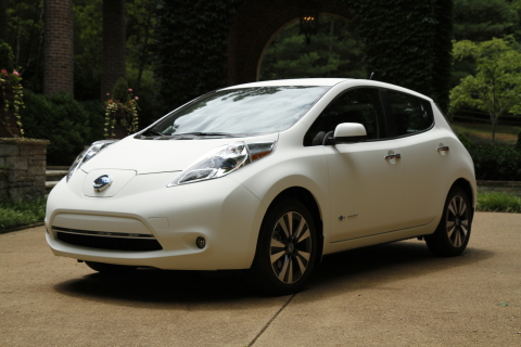 "Nissan Creates ""World's Cleanest Car"" – a Zero Emissions Nissan LEAF with Self-Cleaning Nano-Paint Technology (Photo: Business Wire)"